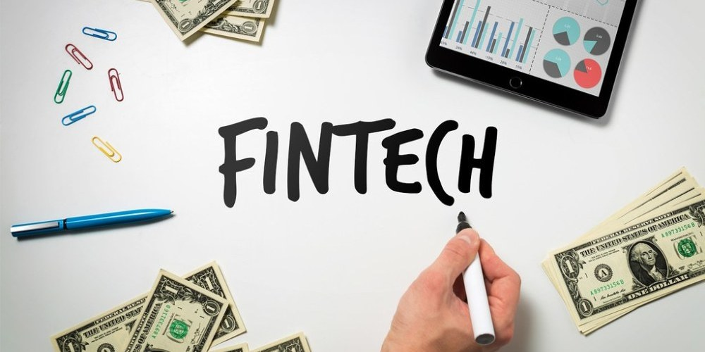 Investors Now Eyeing on Fintech Industry
