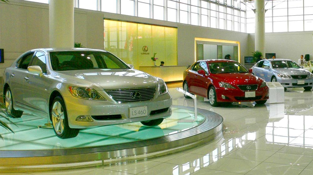 2 Things To Keep In Mind While Launching An Automobile Showroom Business