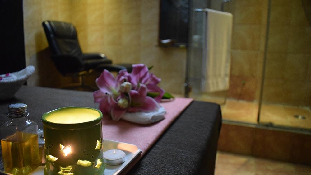 Spas, massage & slimming centres